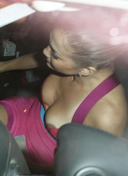J.Lo_.Nipple.1